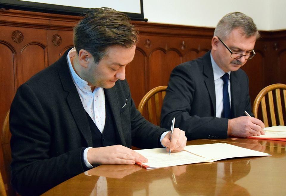 umowa AP z miastem (1)