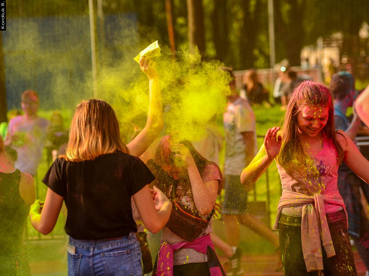 Holi Festival Poland (6)