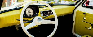 Fiat126p TomaHanksa wnetrze 02