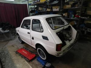 Fiat 126p - pierwszy dzien na kolach - BB Oldtimer Garage materialy prasowe